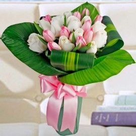 10 Pink Tulips & 12 White Roses Hand Bouquet Delivery In Singapore