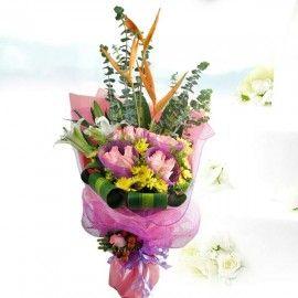 16 Peach Roses & 2 Lilies Hand Bouquet
