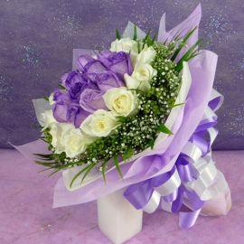 24 Roses ( 12purple 12white ) Hand bouquet