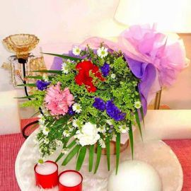 3 mixed carnation handbouquet
