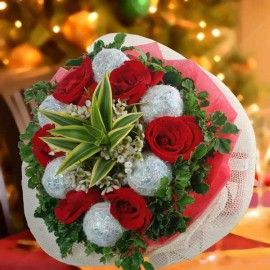 Glittery Red Roses Christmas Bouquet