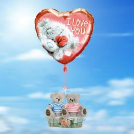 A Pair Of Love Bears in a basket with Helium Filled balloon
