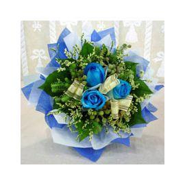 Trio-Blue Handbouquet