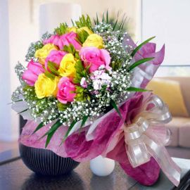6 Pink 6 Yellow Roses Handbouquet