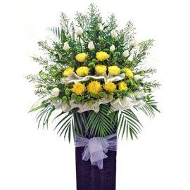 Chrysanthemum yellow with white Roses 5 feets arrangement