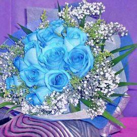 12 Blue Roses Hand Bouquet