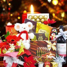 Merry Noel Gift Basket